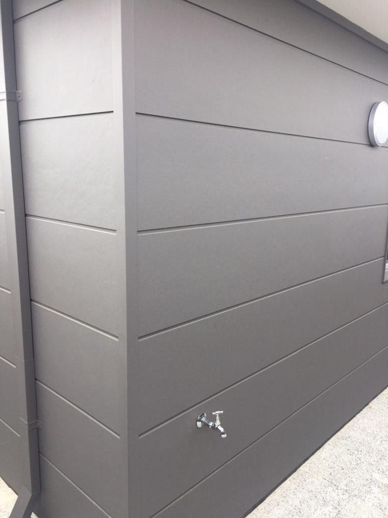 Reverse Brick Veneer Construction using James Hardie Stria 405
